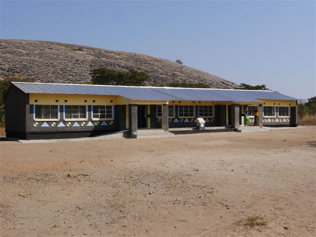The completed Chinonya Primary School, August 2013