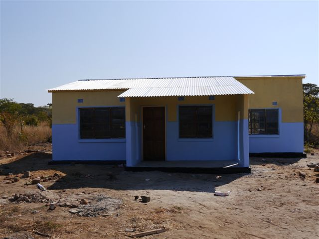 Newly competed Teacher's House at Chinonya Primary School August 2013