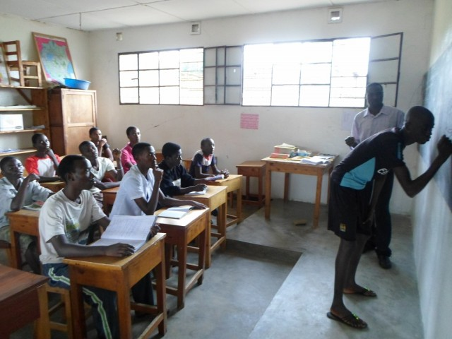French language class for EES pupils who have been registered to take state secondary school entrance exams this year (1024x768)